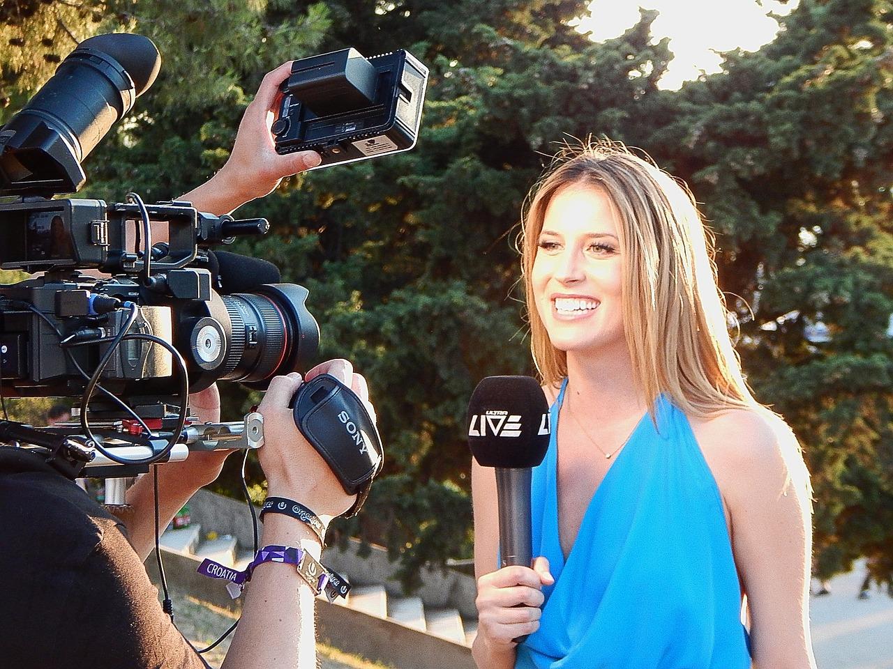 Digital Journalist - La-Keya